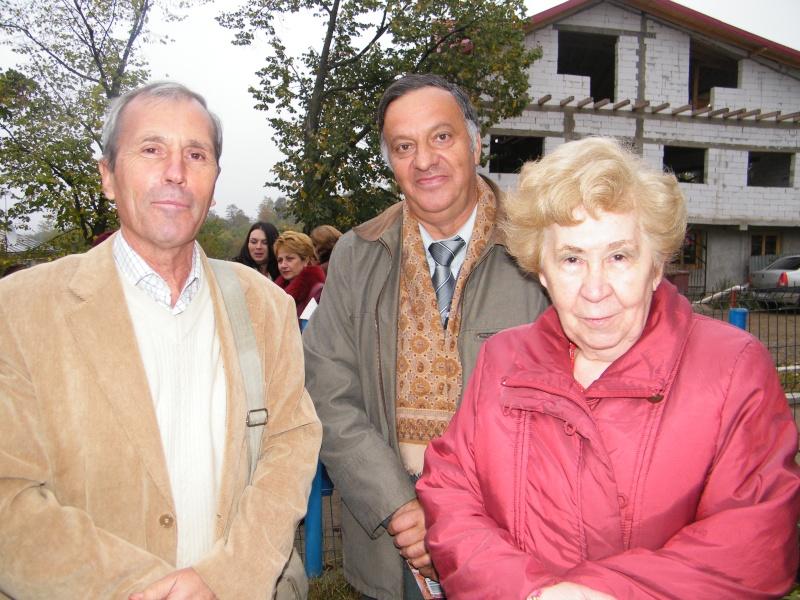 """ZIUA ŞCOLII """"DUMITRU POPA"""" Mogoşeşti-Iaşi-22 octombrie 2011 Mogose30"""