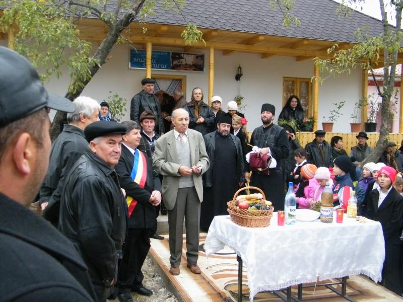 """ZIUA ŞCOLII """"DUMITRU POPA"""" Mogoşeşti-Iaşi-22 octombrie 2011 Mogose40"""