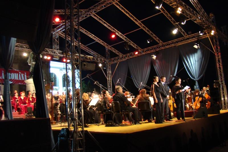 """""""Magia serii în sunet şi lumină"""" cu Opera Română Iaşi-17 sept 2011 Opera_10"""