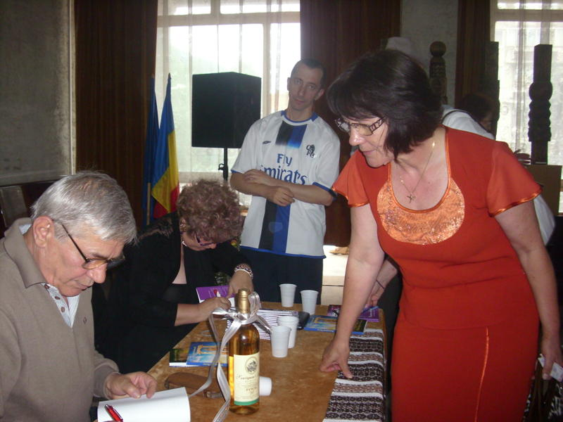 Tabăra de creaţie şi recreaţie de la Câmpulung Moldovenesc-29 iulie/06 august 2011 Pictur10