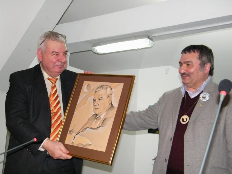Prelecţiunile Junimii şedinţa a XII-a-academician Mihai CIMPOI Pod_po19