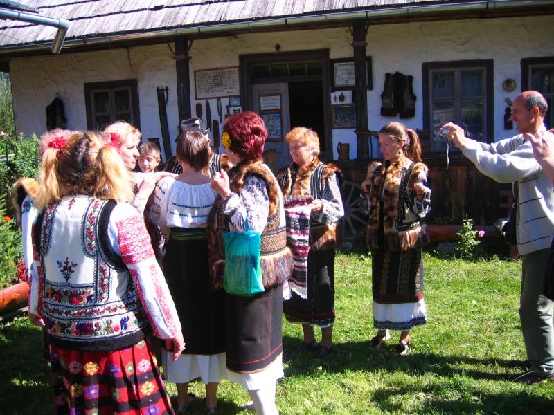 Tabăra de creaţie şi recreaţie de la Câmpulung Moldovenesc-29 iulie/06 august 2011 Poze_f15