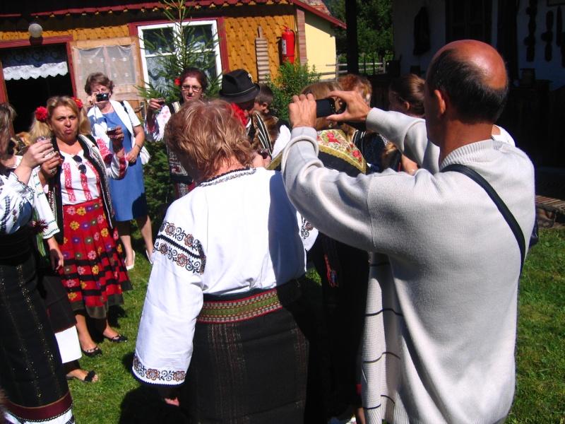 Tabăra de creaţie şi recreaţie de la Câmpulung Moldovenesc-29 iulie/06 august 2011 Poze_f17