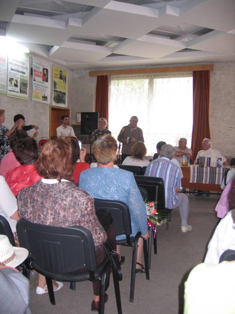 Tabăra de creaţie şi recreaţie de la Câmpulung Moldovenesc-29 iulie/06 august 2011 Poze_f34