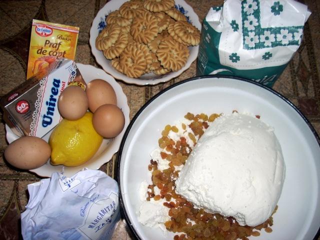 Dulciuri rapide,prajituri de frupt si de post si alte deserturi traditionale Prajit33