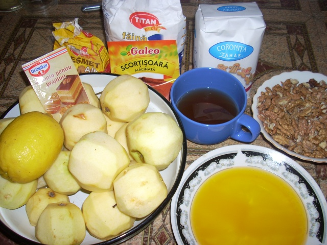 Dulciuri rapide,prajituri de frupt si de post si alte deserturi traditionale Prajit53