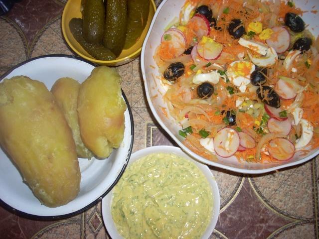 Gustări  şi  aperitive Salata10