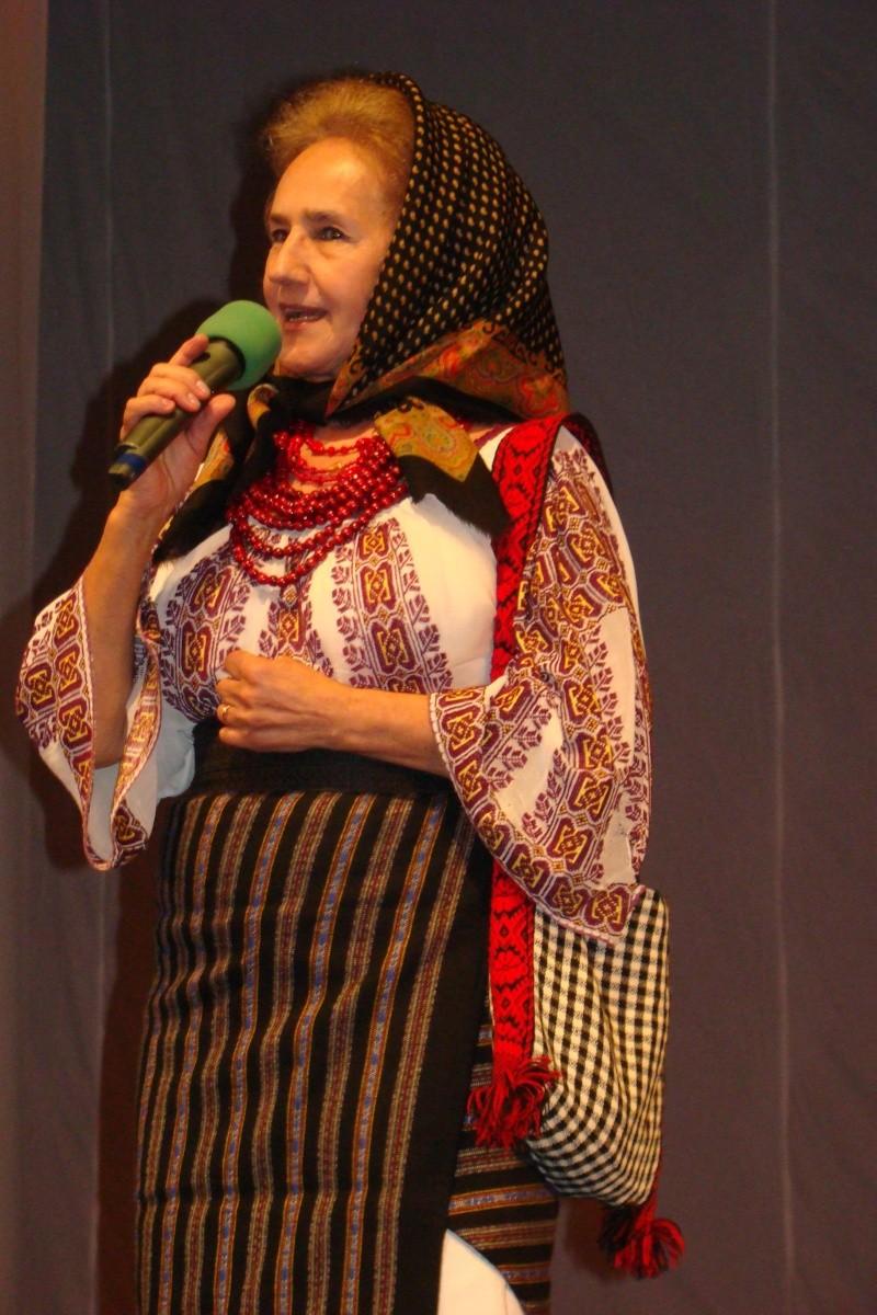 Zilele Ateneului Tătăraşi-Editia a II-a -21 - 29 APRILIE 2012 Sofia_12