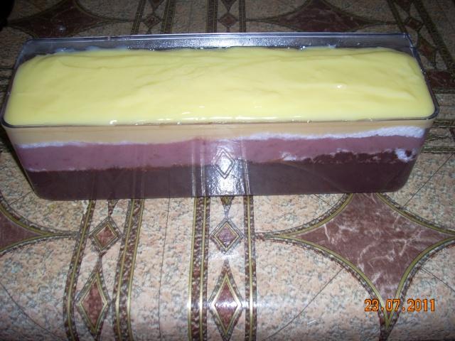 Dulciuri rapide,prajituri de frupt si de post si alte deserturi traditionale Tort_l13