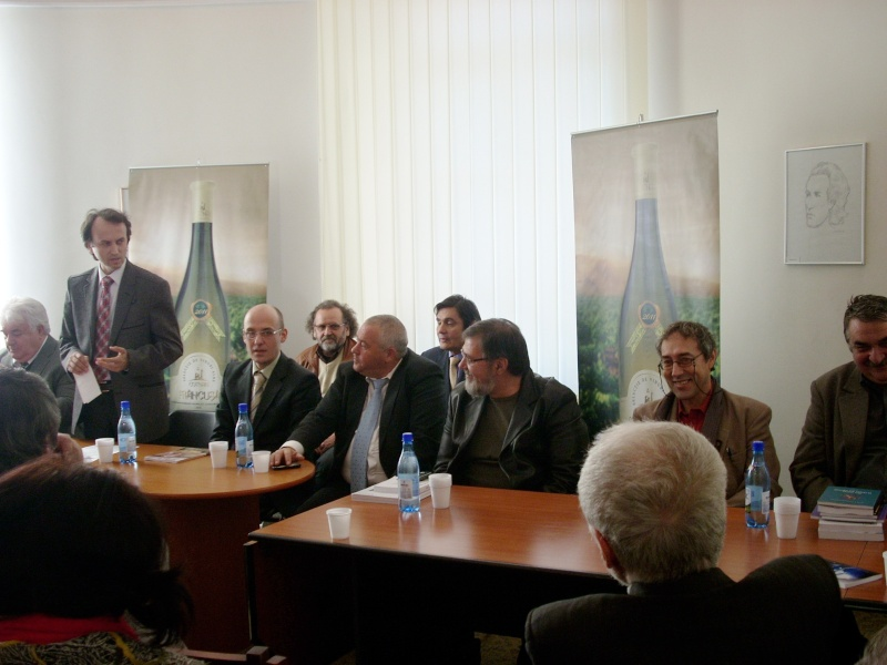 Premiile Filialei ieșene a Uniunii Scriitorilor din România -20 oct 2011 Us-ias10