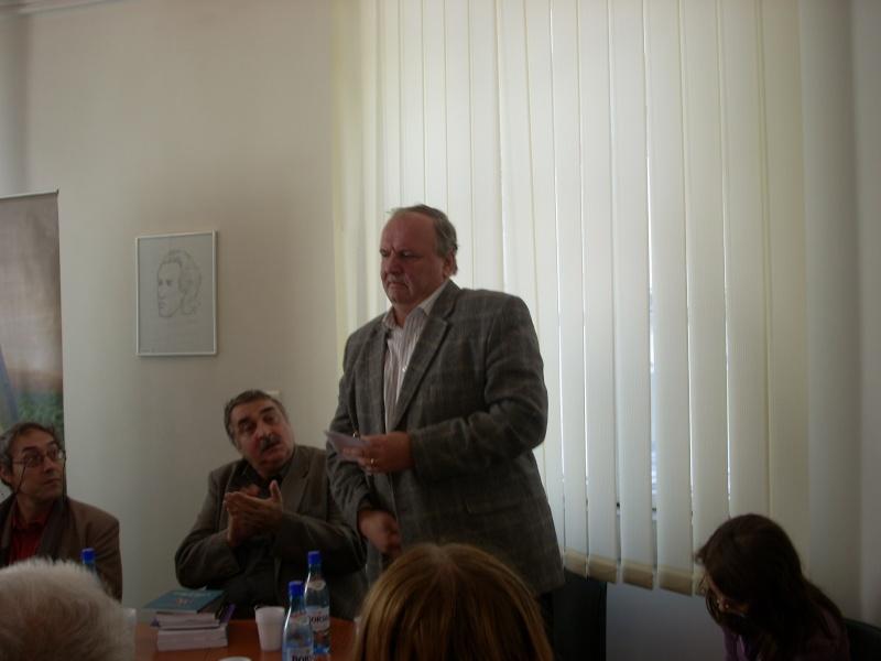 Premiile Filialei ieșene a Uniunii Scriitorilor din România -20 oct 2011 Us-ias13