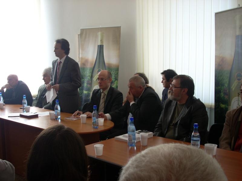Premiile Filialei ieșene a Uniunii Scriitorilor din România -20 oct 2011 Us-ias15