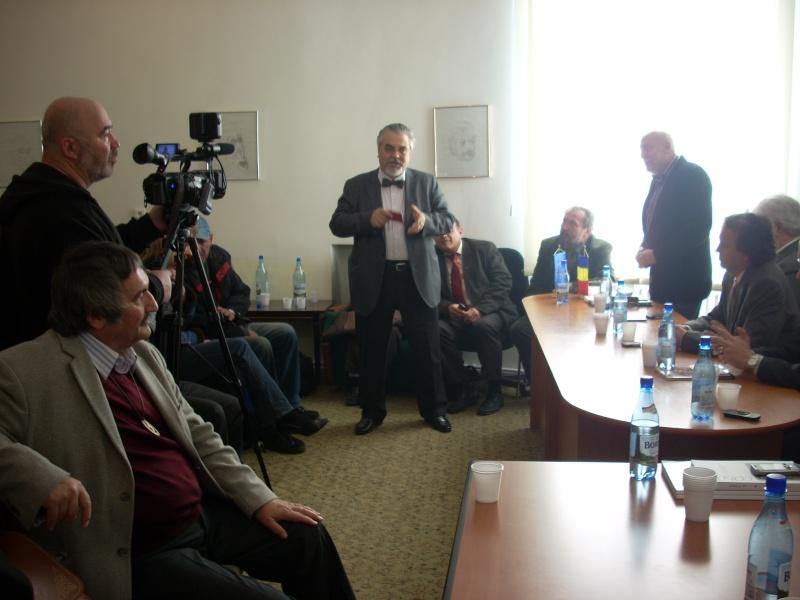 Premiile Filialei ieșene a Uniunii Scriitorilor din România -20 oct 2011 Us-ias33