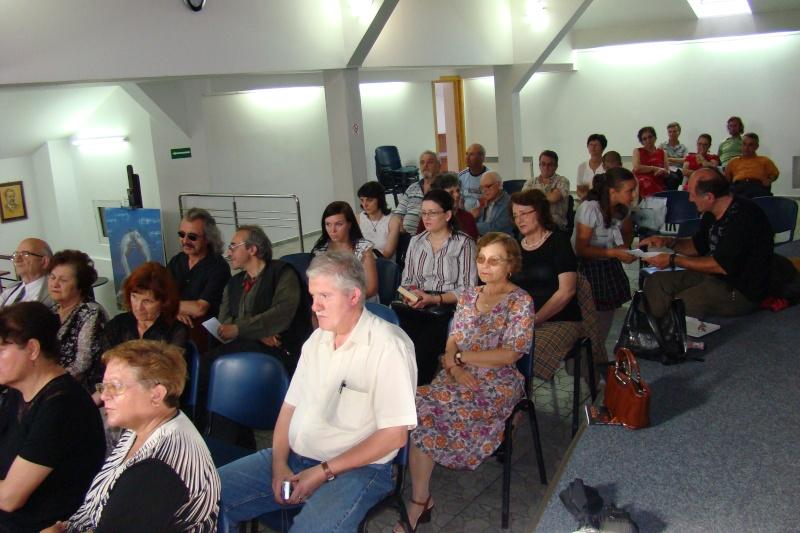 """07 iulie 2011-Sedinta a XV-a A Cenaclului U.P.-Lansare de carte-""""Răscrucea Destinului""""-Vasilica Ilie  Vasili10"""