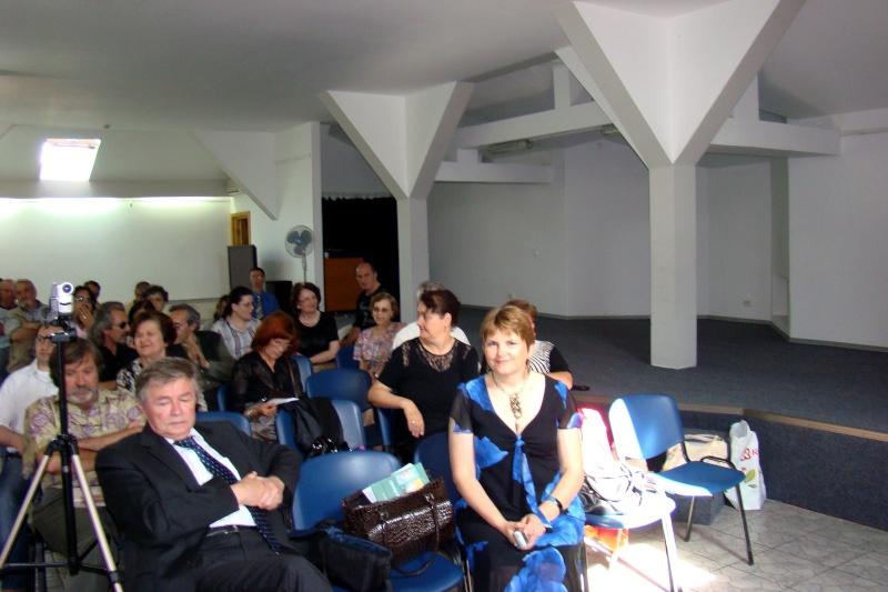 """07 iulie 2011-Sedinta a XV-a A Cenaclului U.P.-Lansare de carte-""""Răscrucea Destinului""""-Vasilica Ilie  Vasili12"""