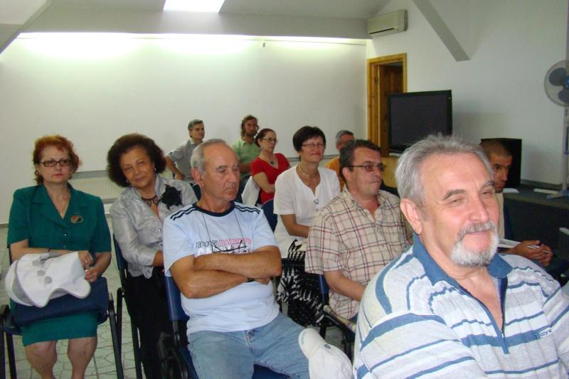 """07 iulie 2011-Sedinta a XV-a A Cenaclului U.P.-Lansare de carte-""""Răscrucea Destinului""""-Vasilica Ilie  Vasili15"""