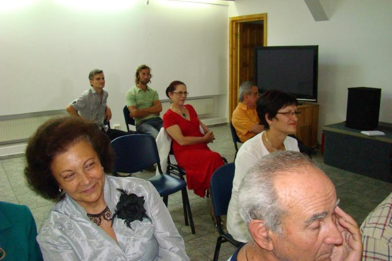 """07 iulie 2011-Sedinta a XV-a A Cenaclului U.P.-Lansare de carte-""""Răscrucea Destinului""""-Vasilica Ilie  Vasili16"""