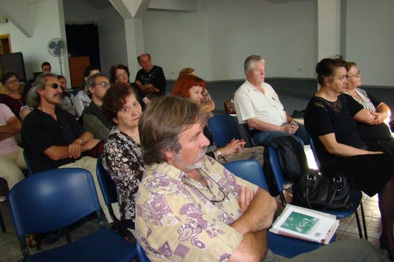 """07 iulie 2011-Sedinta a XV-a A Cenaclului U.P.-Lansare de carte-""""Răscrucea Destinului""""-Vasilica Ilie  Vasili18"""