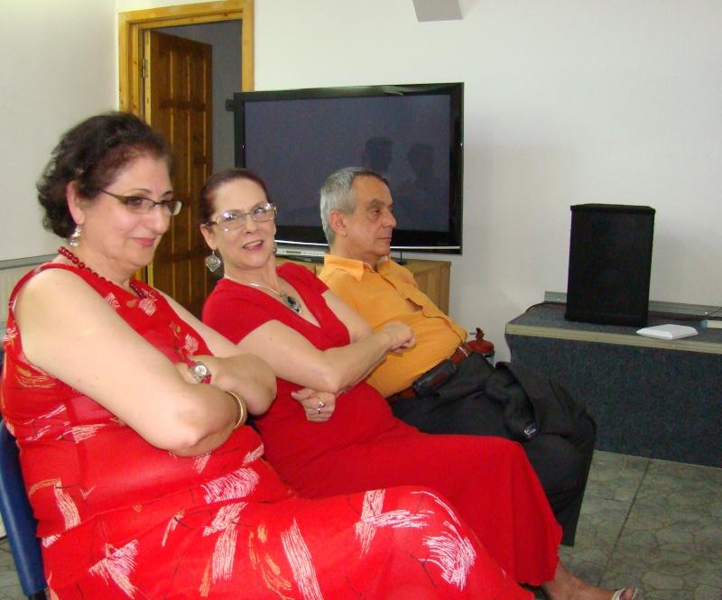 """07 iulie 2011-Sedinta a XV-a A Cenaclului U.P.-Lansare de carte-""""Răscrucea Destinului""""-Vasilica Ilie  Vasili24"""