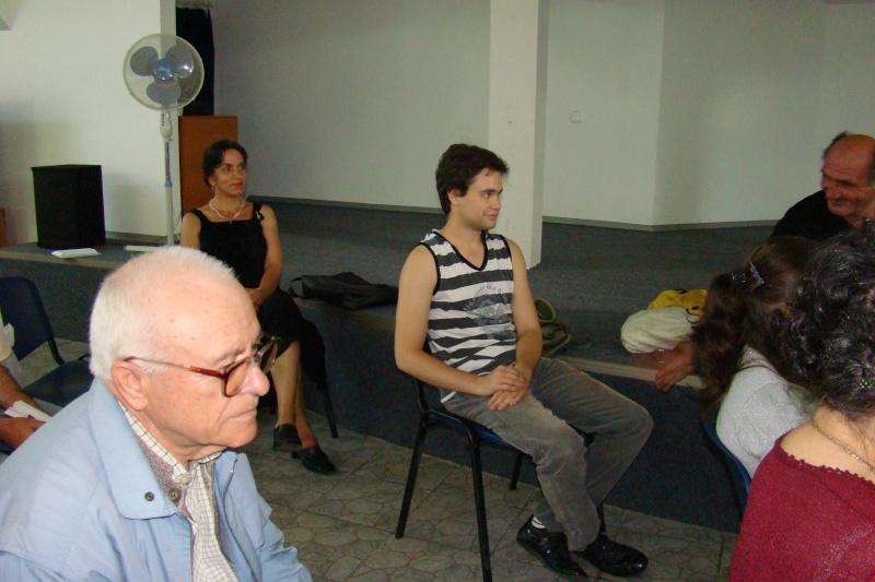 """07 iulie 2011-Sedinta a XV-a A Cenaclului U.P.-Lansare de carte-""""Răscrucea Destinului""""-Vasilica Ilie  Vasili26"""