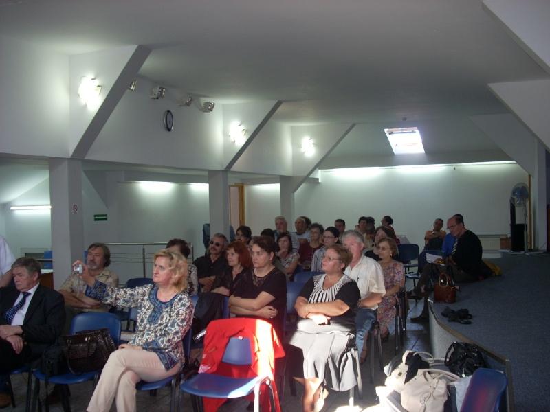 """07 iulie 2011-Sedinta a XV-a A Cenaclului U.P.-Lansare de carte-""""Răscrucea Destinului""""-Vasilica Ilie  Vasili28"""