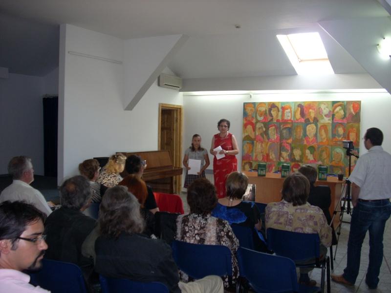 """07 iulie 2011-Sedinta a XV-a A Cenaclului U.P.-Lansare de carte-""""Răscrucea Destinului""""-Vasilica Ilie  Vasili31"""