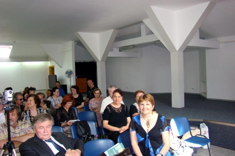 """07 iulie 2011-Sedinta a XV-a A Cenaclului U.P.-Lansare de carte-""""Răscrucea Destinului""""-Vasilica Ilie  Vasili37"""