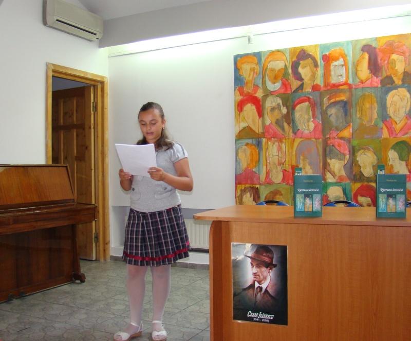 """07 iulie 2011-Sedinta a XV-a A Cenaclului U.P.-Lansare de carte-""""Răscrucea Destinului""""-Vasilica Ilie  Vasili41"""