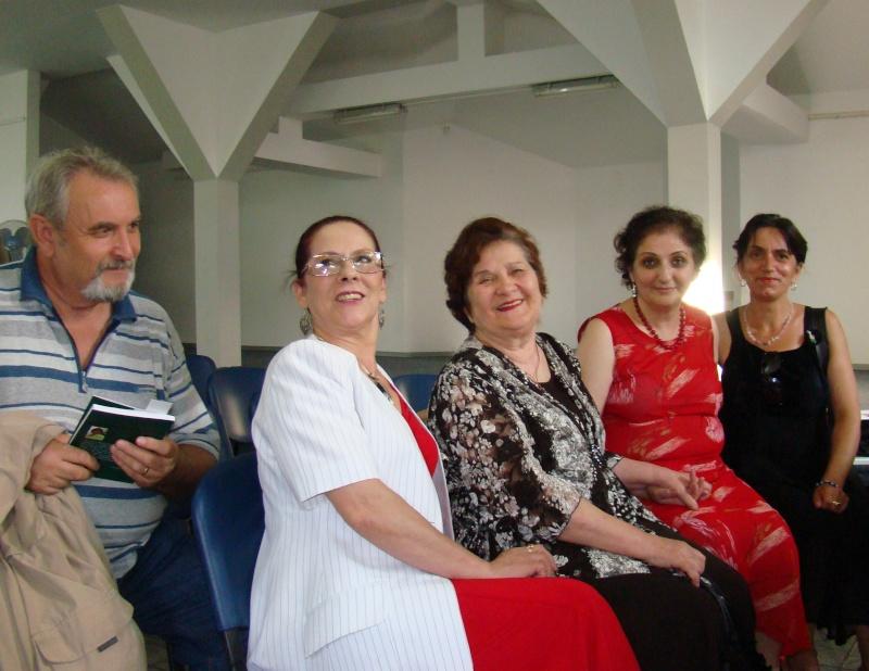 """07 iulie 2011-Sedinta a XV-a A Cenaclului U.P.-Lansare de carte-""""Răscrucea Destinului""""-Vasilica Ilie  Vasili42"""