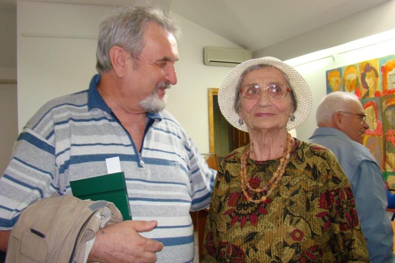 """07 iulie 2011-Sedinta a XV-a A Cenaclului U.P.-Lansare de carte-""""Răscrucea Destinului""""-Vasilica Ilie  Vasili46"""