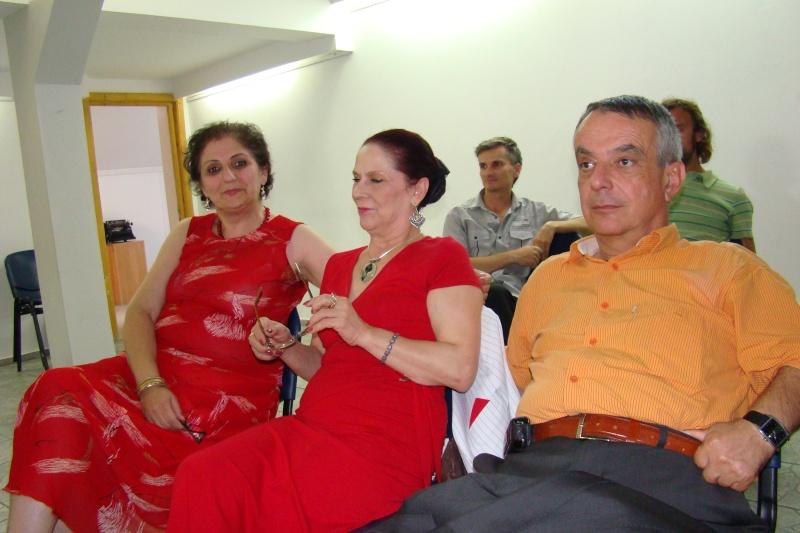 """07 iulie 2011-Sedinta a XV-a A Cenaclului U.P.-Lansare de carte-""""Răscrucea Destinului""""-Vasilica Ilie  Vasili49"""