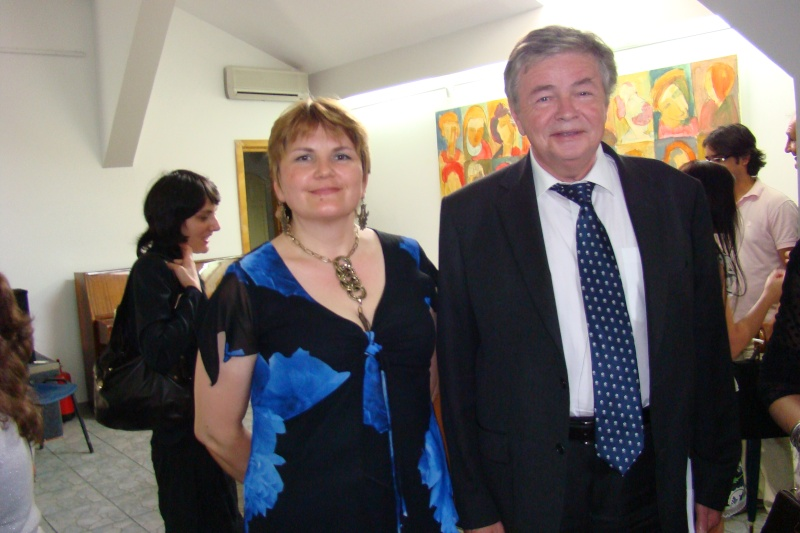 """07 iulie 2011-Sedinta a XV-a A Cenaclului U.P.-Lansare de carte-""""Răscrucea Destinului""""-Vasilica Ilie  Vasili52"""