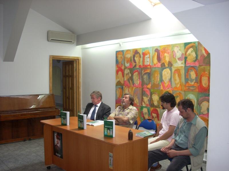 """07 iulie 2011-Sedinta a XV-a A Cenaclului U.P.-Lansare de carte-""""Răscrucea Destinului""""-Vasilica Ilie  Vasili54"""