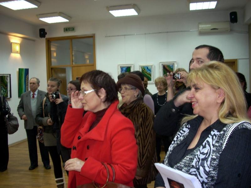 Vernisajul expoziţiei de pictură ART D`ECHO - autor-Liliana Nastas Brătescu-07 dec 2011 Verni204