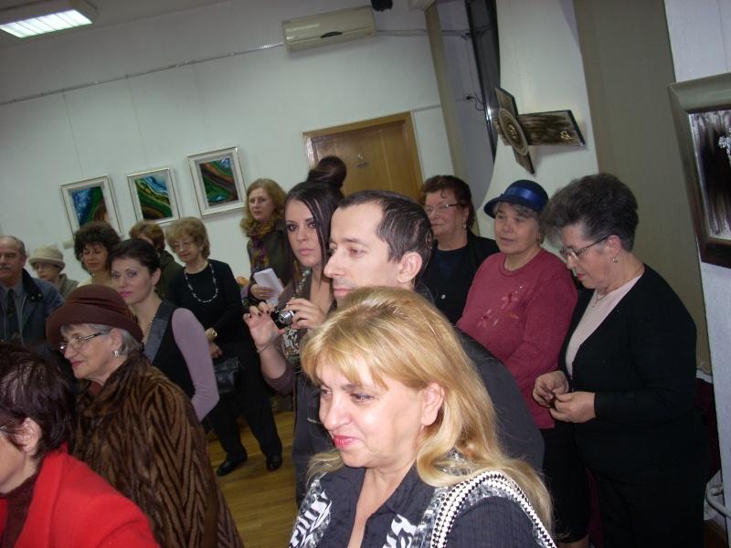 Vernisajul expoziţiei de pictură ART D`ECHO - autor-Liliana Nastas Brătescu-07 dec 2011 Verni205