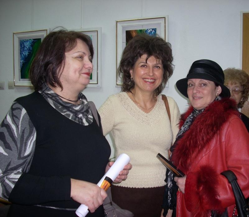 Vernisajul expoziţiei de pictură ART D`ECHO - autor-Liliana Nastas Brătescu-07 dec 2011 Verni210