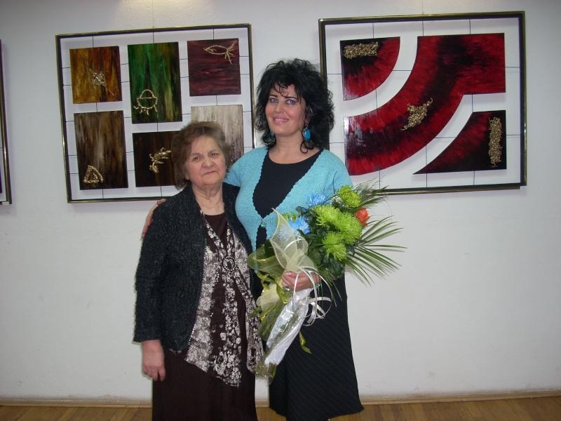 Vernisajul expoziţiei de pictură ART D`ECHO - autor-Liliana Nastas Brătescu-07 dec 2011 Verni225
