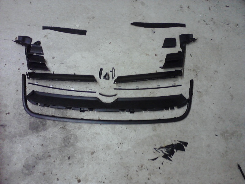B5.5 Grill install on a MK4 w/EuroWise Front bumper - How to... 05111214