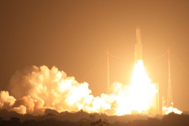 Ariane 5 ECA VA203 / ASTRA 1N + BSAT-3c - (06/08/11) - Page 5 Img_5613