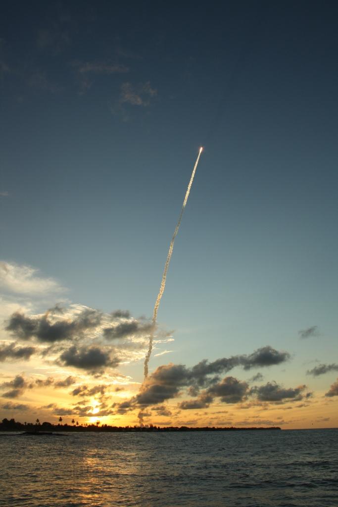 Lancement Ariane 5 ECA VA207 / MSG-3 + EchoStar XVII - 05 Juillet 2012 - Page 3 Img_7813