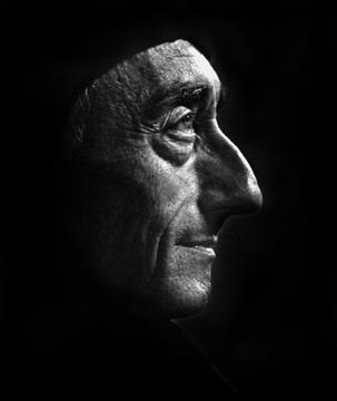 La Calypso di Jacques Cousteau Lrg-4610