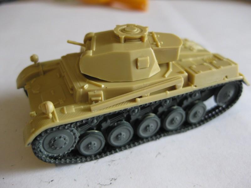 PzKpfw II Ausf.F [ Revell; 1/76]: En route pour la Lybie ! FINI Photo221
