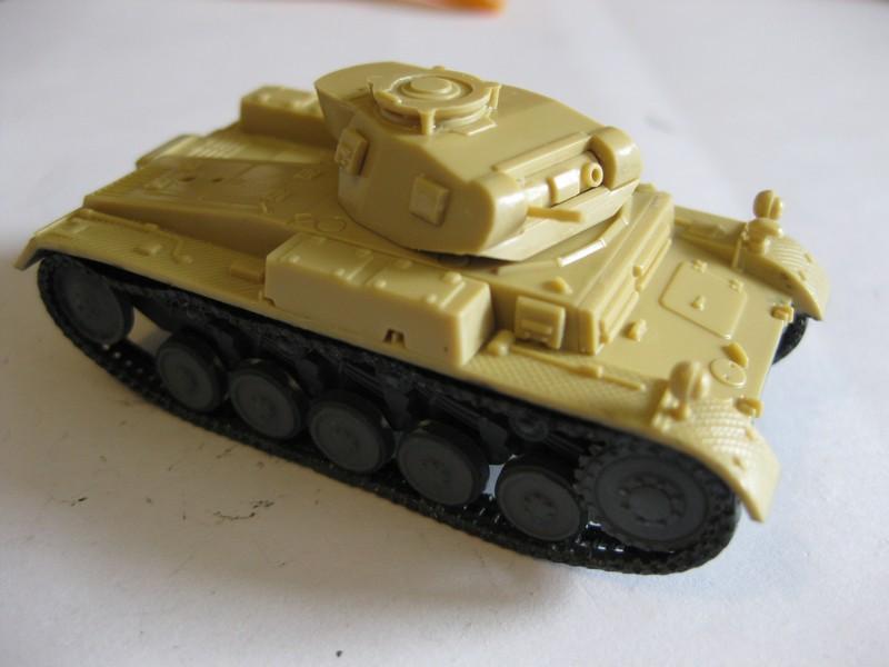 PzKpfw II Ausf.F [ Revell; 1/76]: En route pour la Lybie ! FINI Photo222