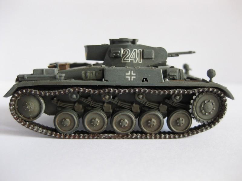 PzKpfw II Ausf.F [ Revell; 1/76]: En route pour la Lybie ! FINI Photo257