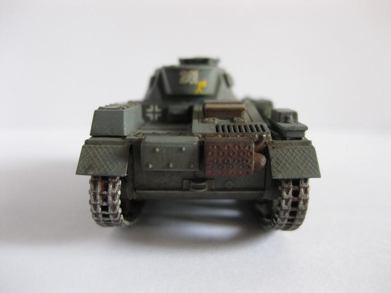 PzKpfw II Ausf.F [ Revell; 1/76]: En route pour la Lybie ! FINI Photo260