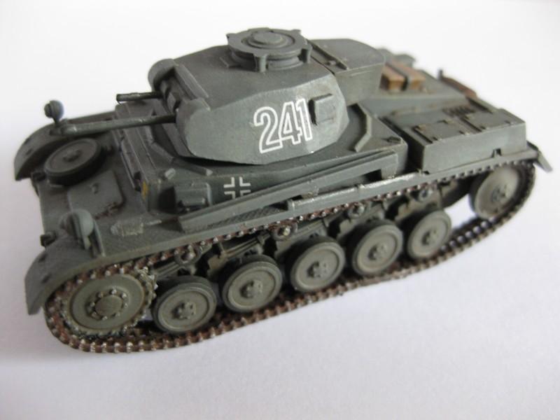 PzKpfw II Ausf.F [ Revell; 1/76]: En route pour la Lybie ! FINI Photo262
