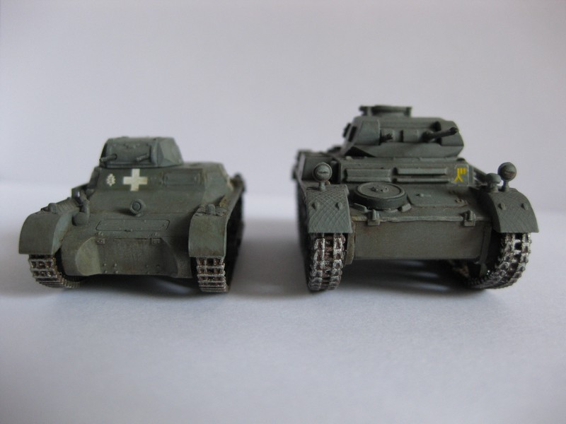 PzKpfw II Ausf.F [ Revell; 1/76]: En route pour la Lybie ! FINI Photo267