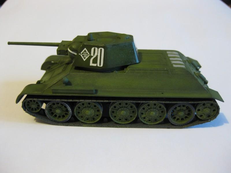 T-34/76 mod. 1943 [Zvezda ; 1/72] Photo282
