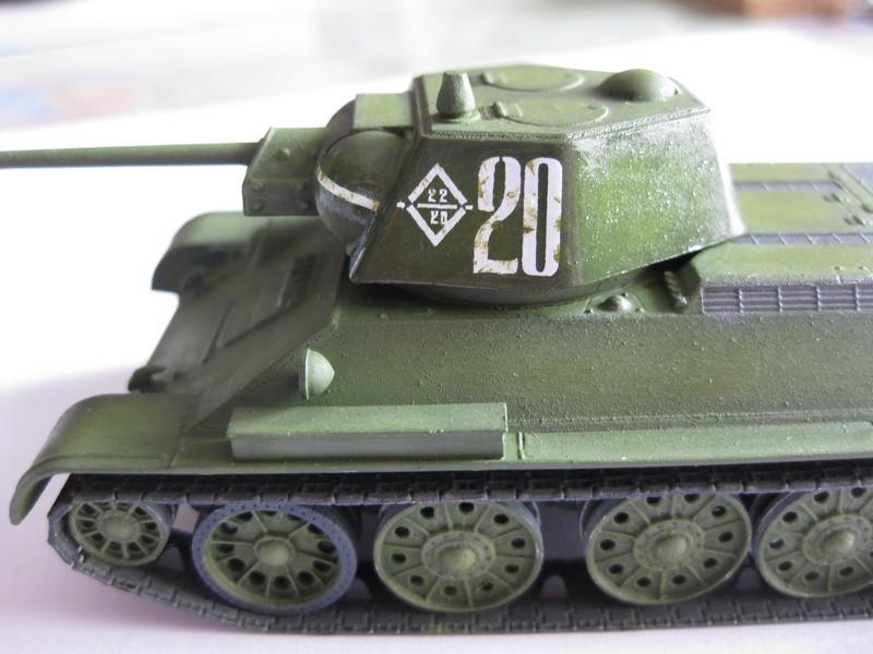 T-34/76 mod. 1943 [Zvezda ; 1/72] Photo297