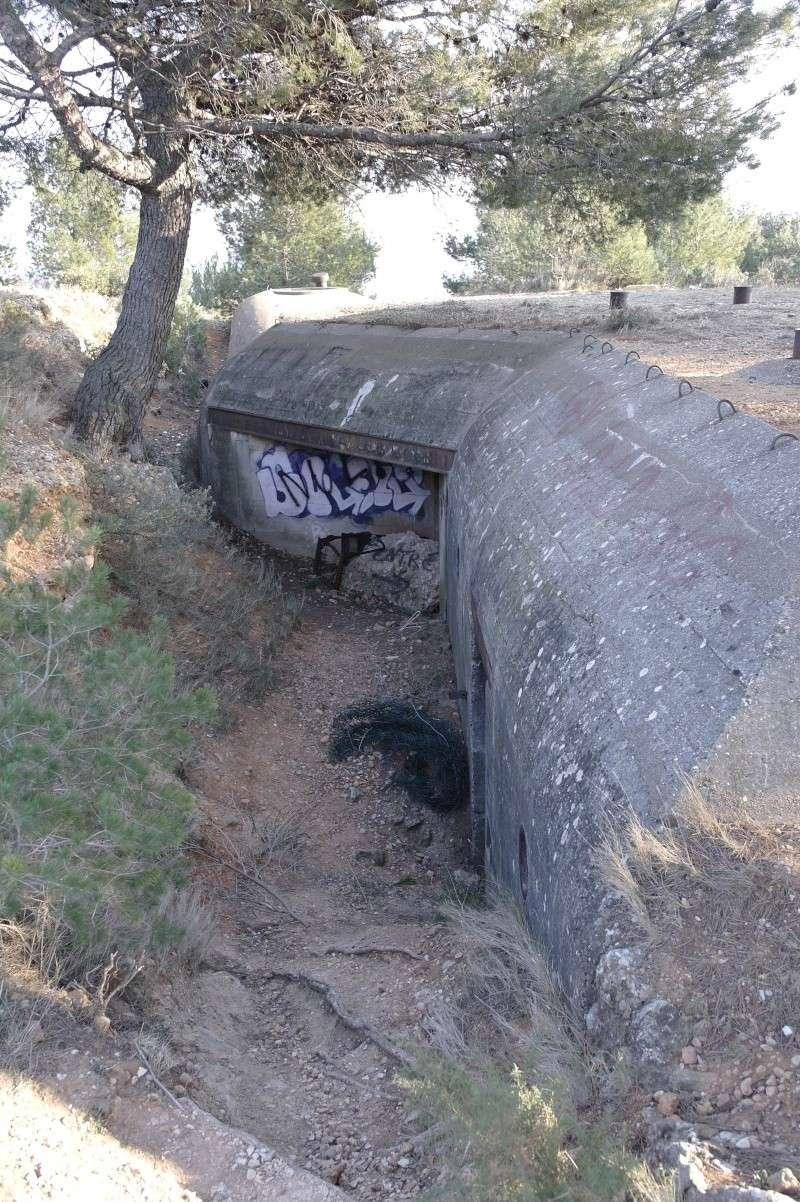 hier en ballade j'ai fait des photos de gros bunker a martigues  _sam0416